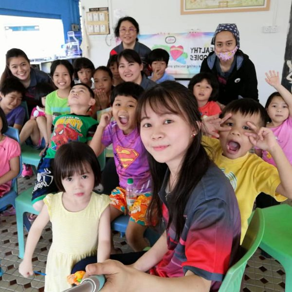 Hsl Brings Cheer to Salvation Army Kuching Children's Home